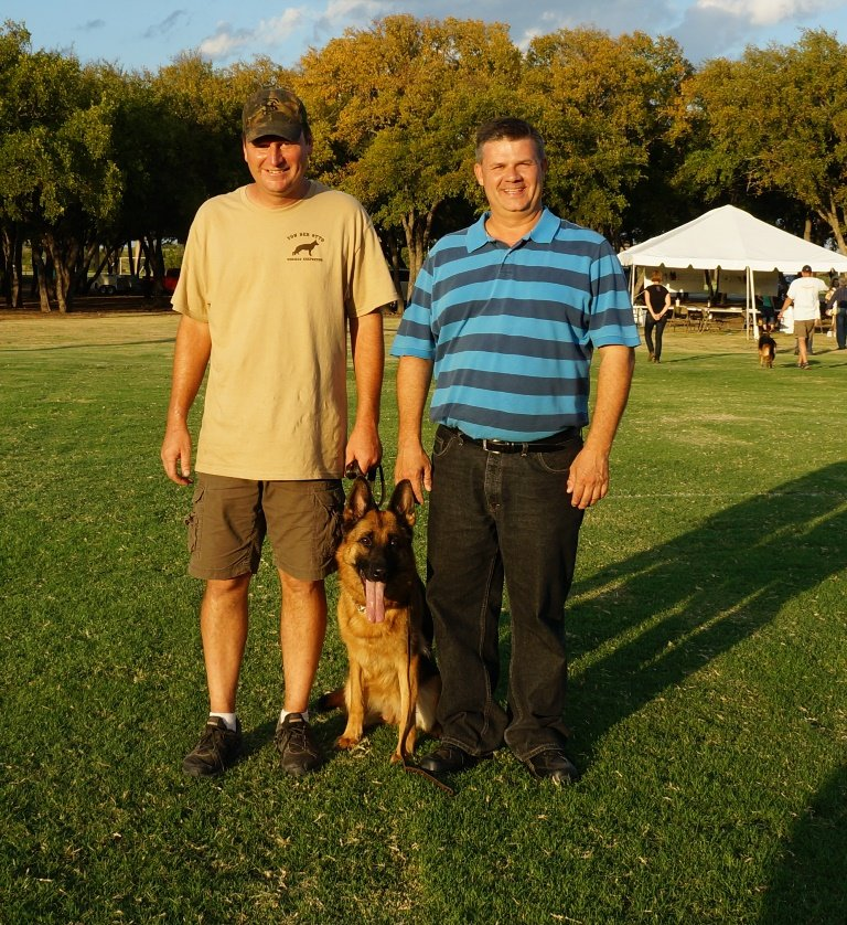 V Katra vom Deutschen Eck, Dan and Randall at DFW Working Dog Club